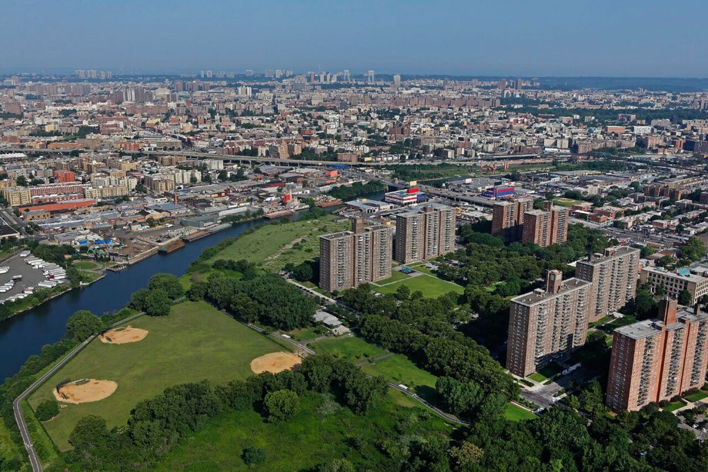 A photo of Soundview Park located next door to Lafayette Boynton Apartments
